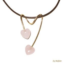 Guldvedhæng med rosakvarts hjerter 8kt